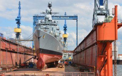 """González Casares: """"Las ayudas al sector naval de Galicia demuestran que el trabajo conjunto del Gobierno y la Unión Europea son claves para apoyar el empleo"""""""